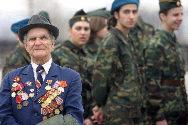 Вторая пенсия военным пенсионерам: порядок расчета в 2020 году, индексация, условия получения